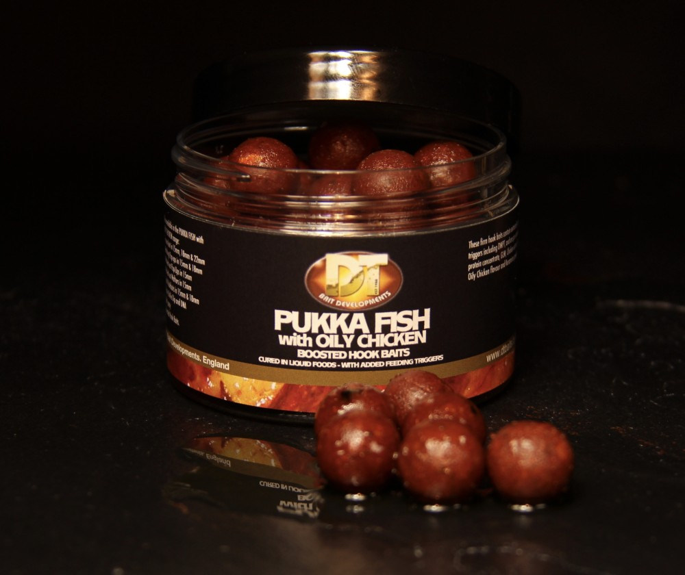 Pukka Fish and Oily Chicken Boosted Hook Baits